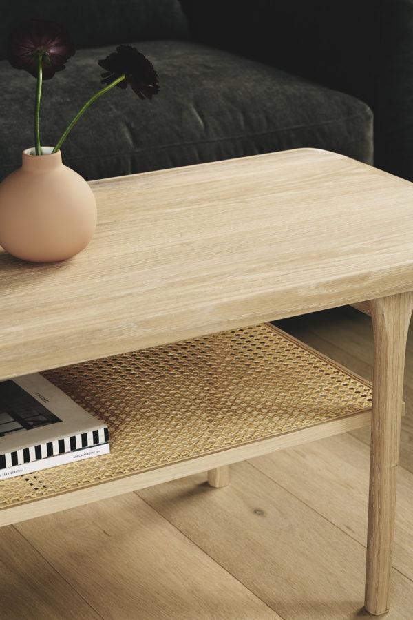Sofabord med hylde i fransk flet