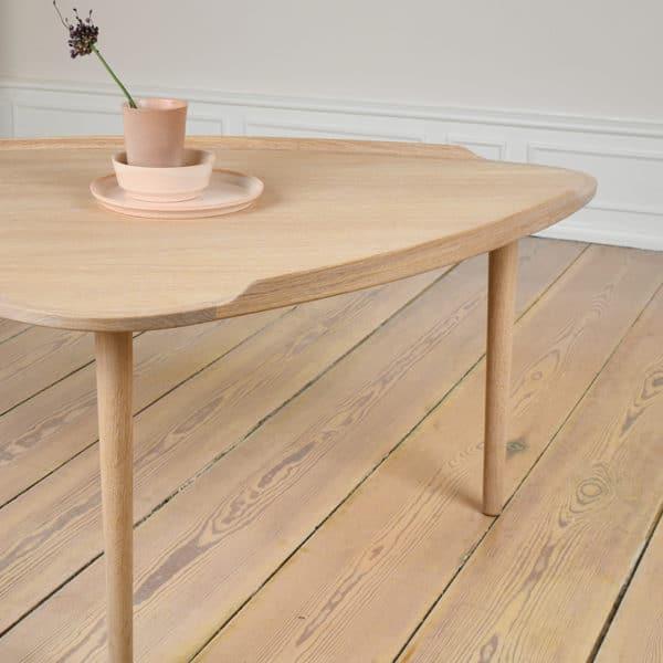 Sofabord lys eg Intarsia Furniture miljø detalje 1