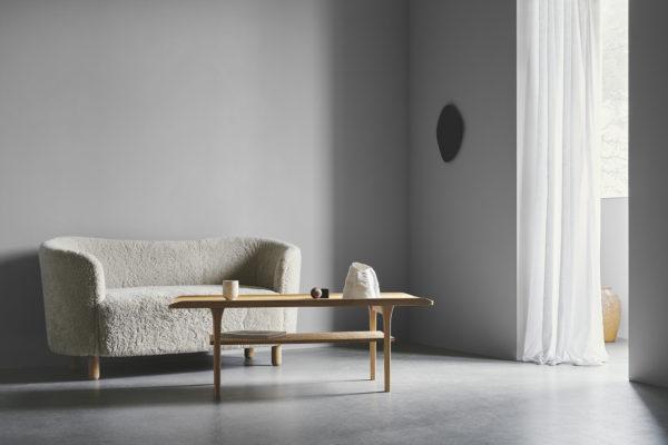 No.25 sofabord med hymde